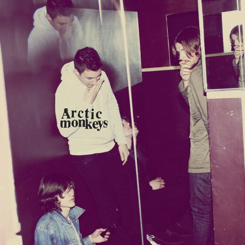 http://ambijans.files.wordpress.com/2009/08/pe-arctic-monkeys-humbug.jpg