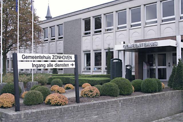 gemeentehuis zonhoven