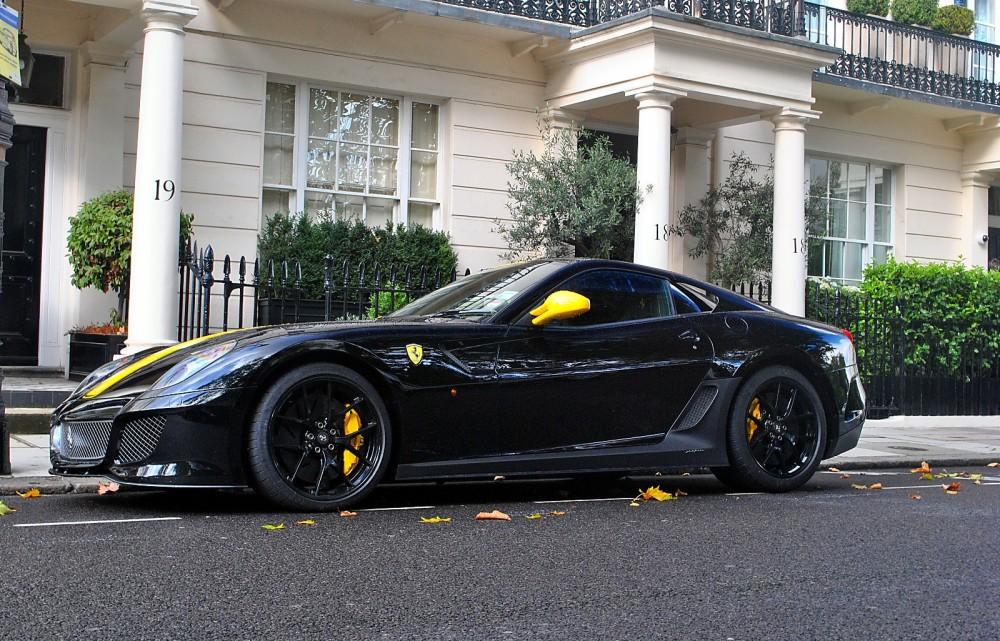 Ferrari 599 GTO met speciale velgen