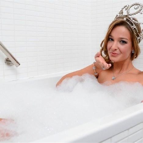 Ik kan niet wachten tot haar bad is leeggelopen! ;-)