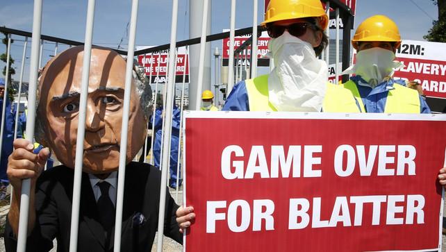 Blatter, rot op! (c) Reuters