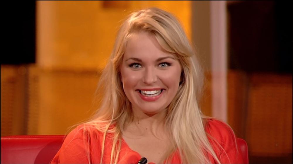 Julie Van den Ste(v)en