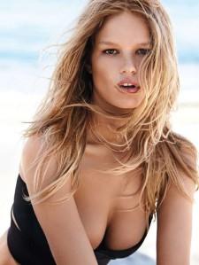 Anna Ewers, verkozen tot model van het jaar