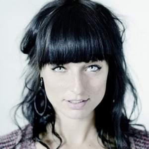 Lara Taveirne (c) WPG Manteau
