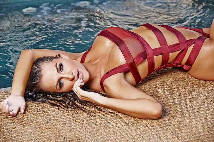 Rosanna Arkle mag ook eens aan mijn zwembad komen liggen