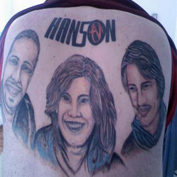 je hebt slechte muziek tegenwoordig ook in tattoovorm